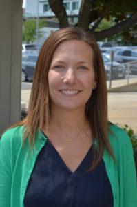 莎拉·普特南(Sarah Putnam),教学主任