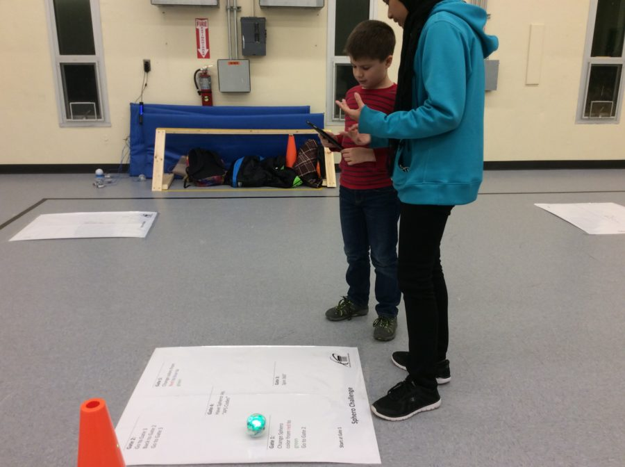 Programing a Sphero Robot through a Maze